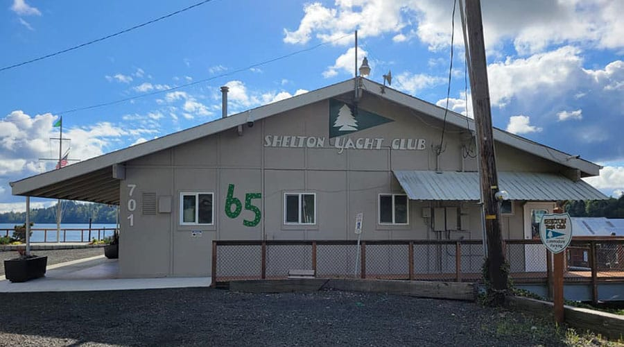 Shelton Yacht Club